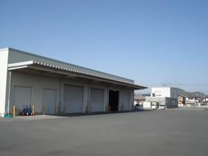 2(写真)倉庫、事務所